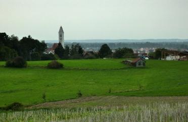 21km um Mering und Kissing: Altkissing vor dem Lechfeld